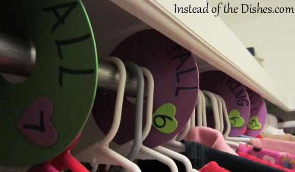 closet organizers girl