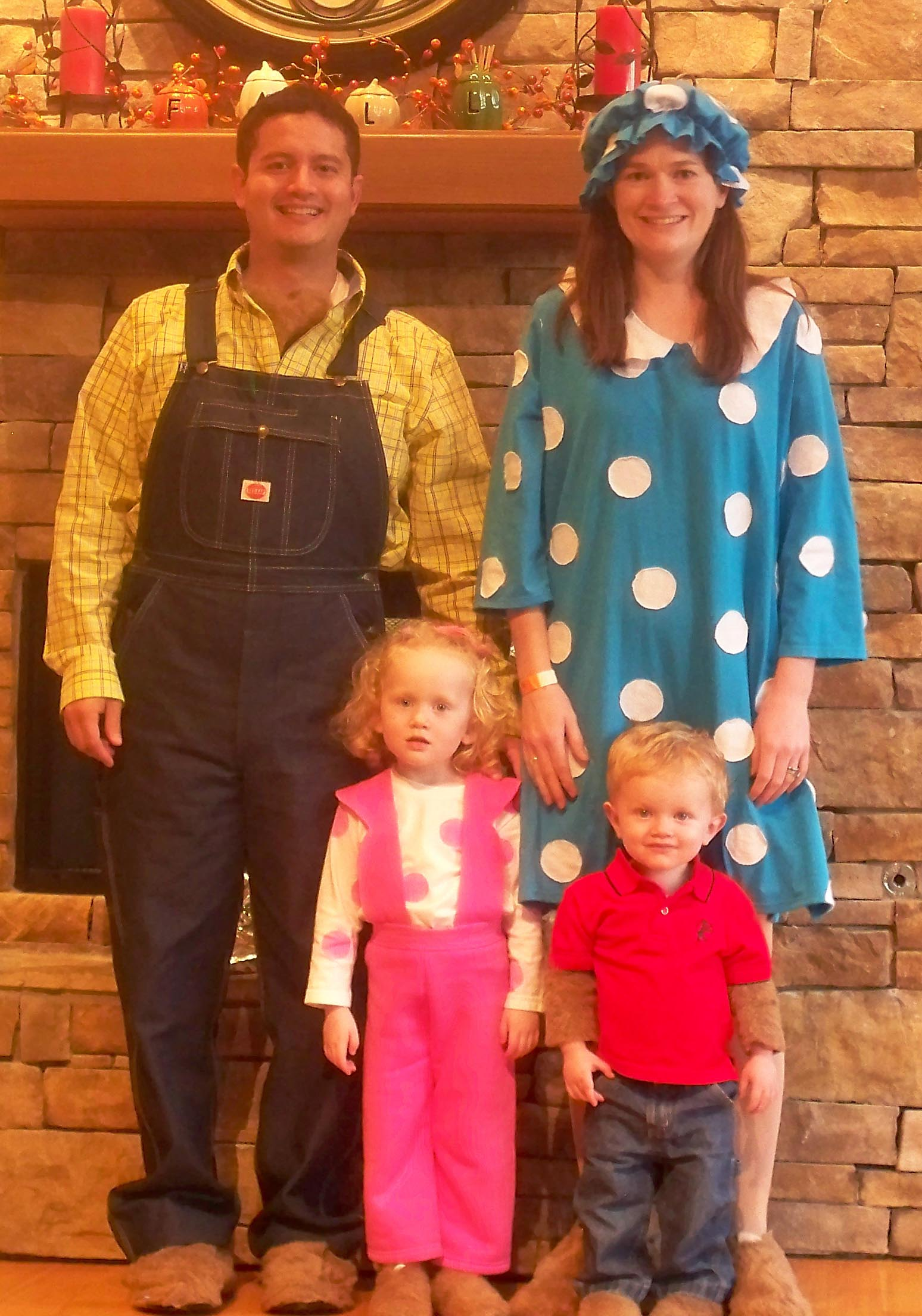 berenstain bears costume family  sc 1 st  Instead of the Dishes & Happy Halloween! | Instead of the Dishes